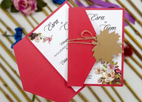 Üçgen Kapaklı Kırmızı Çiçekli Liva Davetiye 7237